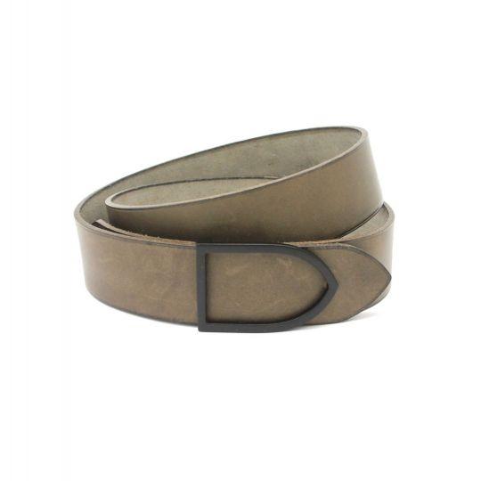 9c6767c2ea1c ArtisanArt   Ceinture de cuir faite main teinte grise boucle noire