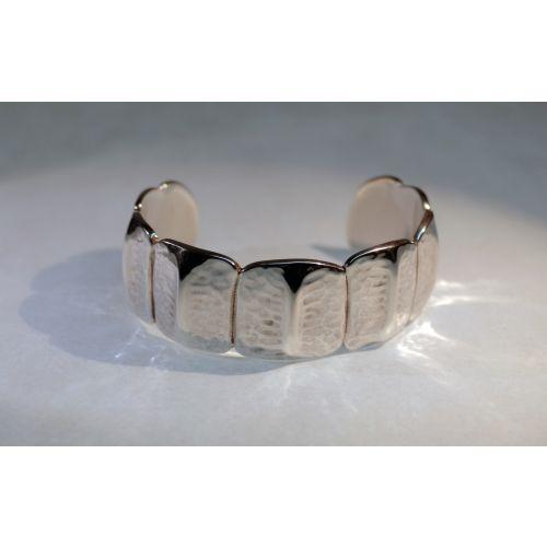 Bracelet écailles de crocodile en argent massif