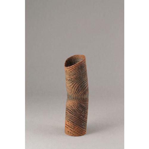 """Sculpture dentelle de bois """"petit tube rouille"""""""
