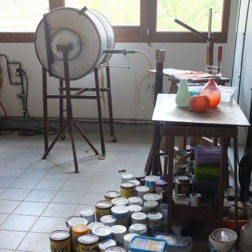 Atelier de Nathalie Massenet Dollfus, souffleuse de verre