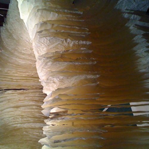 Atelier de Jean-Luc Mare, créateur de luminaires en papier