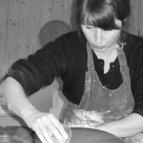 finition plat gres noir elsa dinerstein designer ceramiste